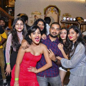 New Year Eve Party Photos - Wild, Fun, Glam Image 19