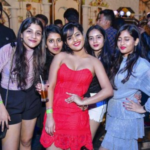 New Year Eve Party Photos - Wild, Fun, Glam Image 21