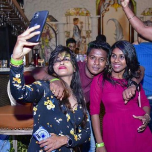 New Year Eve Party Photos - Wild, Fun, Glam Image 50