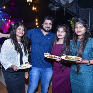 New Year Eve Party Photos - Wild, Fun, Glam Image 53