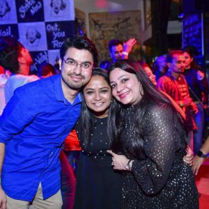 New Year Eve Party Photos - Wild, Fun, Glam Image 61