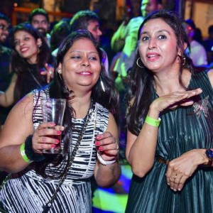 New Year Eve Party Photos - Wild, Fun, Glam Image 63